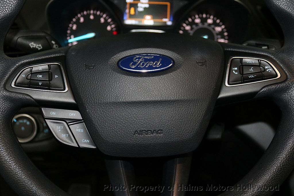 2017 Ford Escape FWD 4dr S - 18416353 - 23