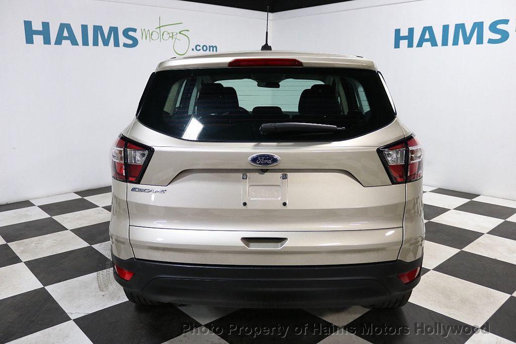 2017 Ford Escape FWD 4dr S - 18416353 - 5