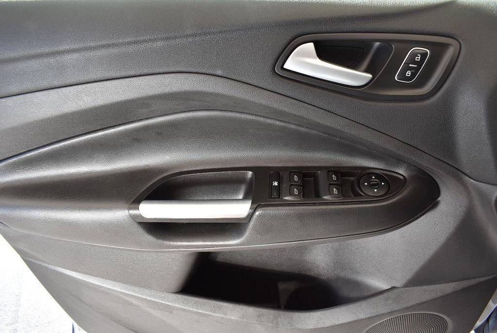 2017 Ford Escape SE FWD - 17524876 - 13