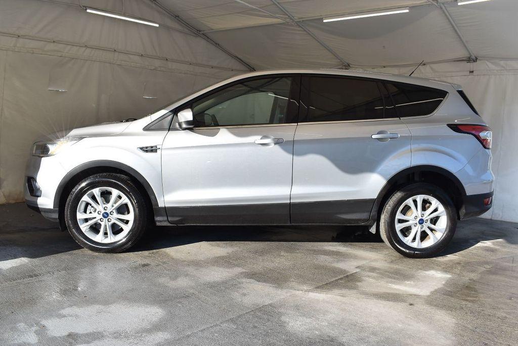 2017 Ford Escape SE FWD - 17524876 - 4