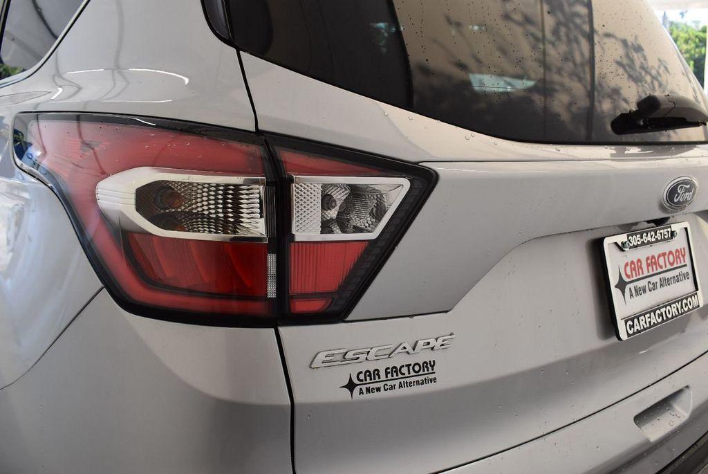 2017 Ford Escape SE FWD - 17524876 - 6