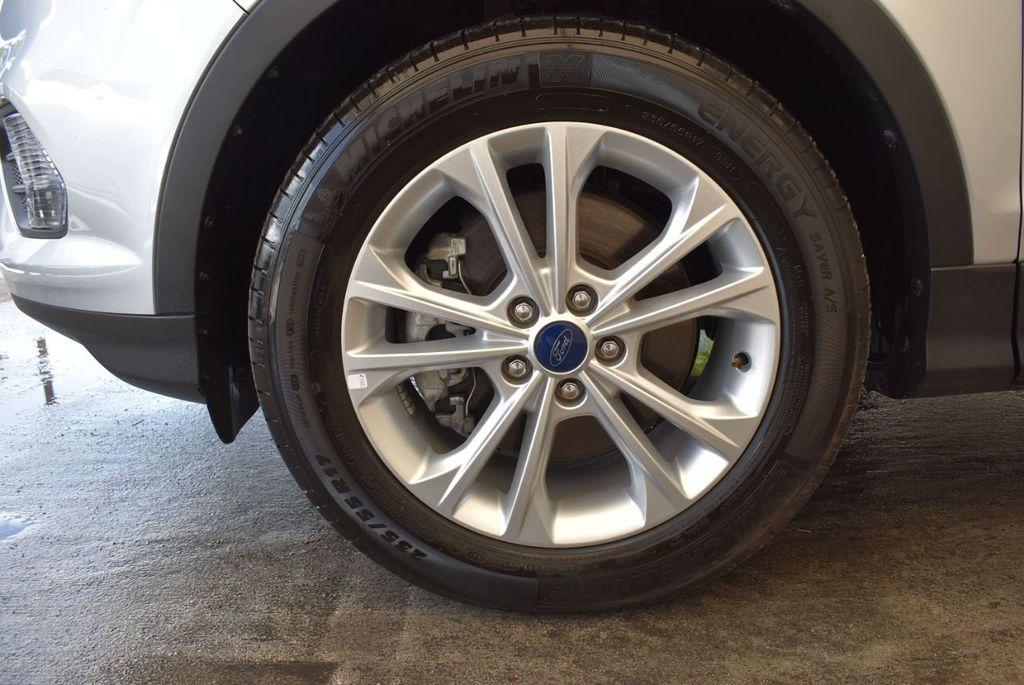 2017 Ford Escape SE FWD - 18303235 - 11