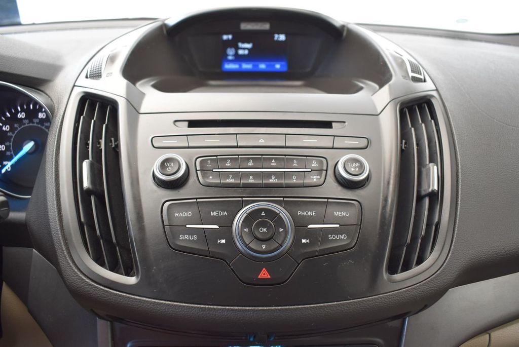 2017 Ford Escape SE FWD - 18303235 - 21