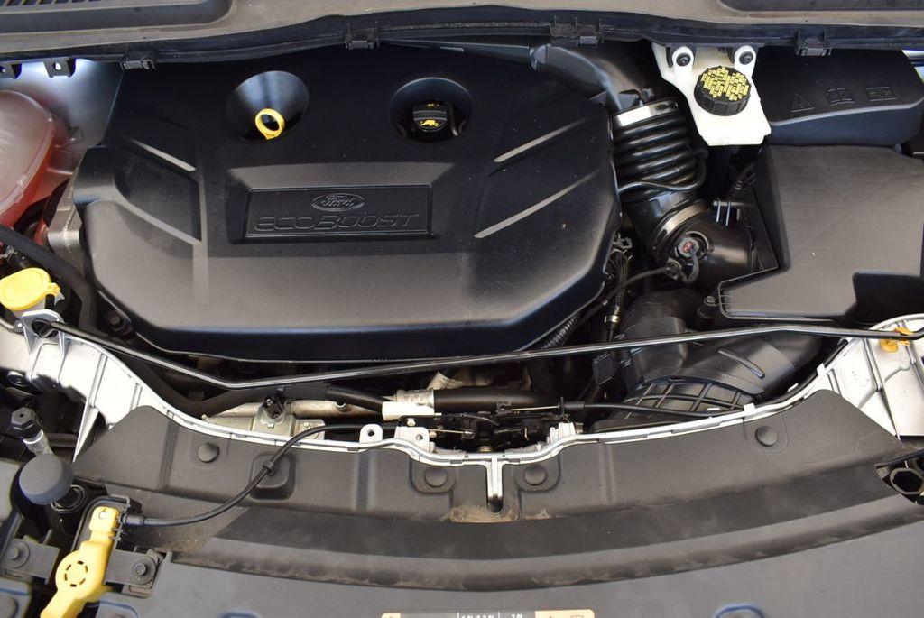 2017 Ford Escape SE FWD - 18303235 - 27