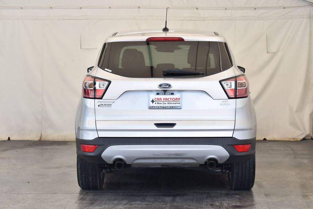 2017 Ford Escape SE FWD - 18303235 - 7