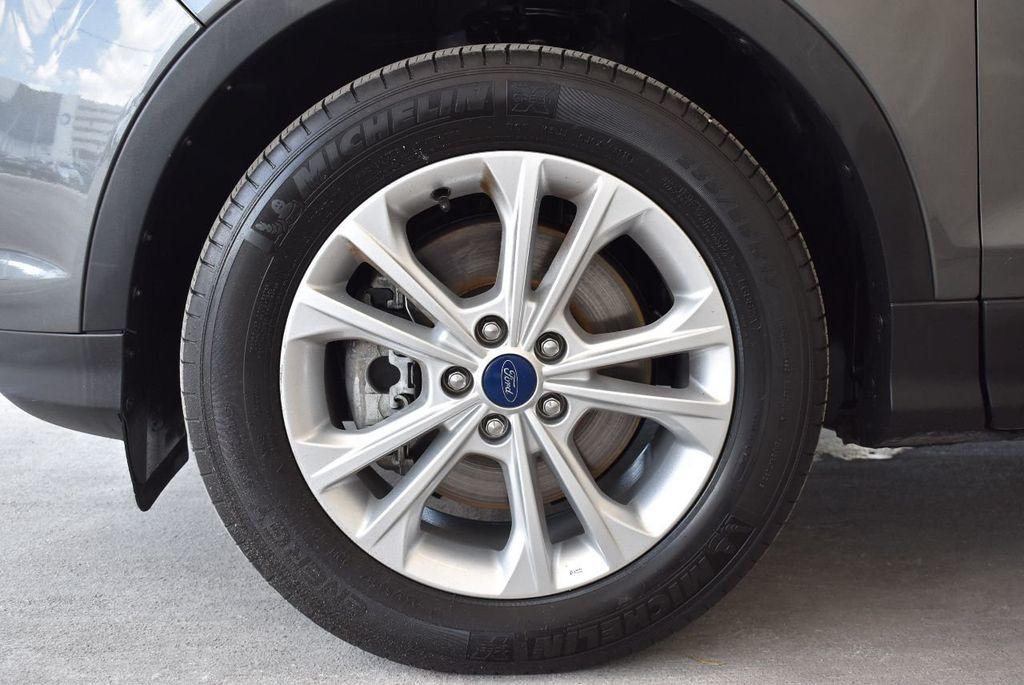 2017 Ford Escape SE FWD - 17524877 - 11