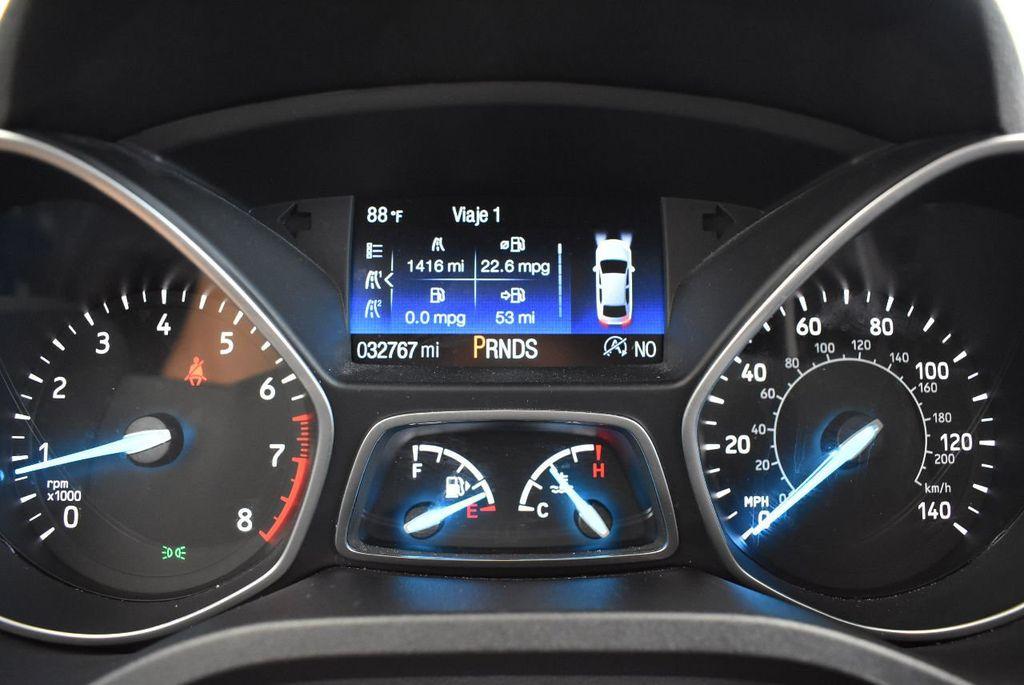2017 Ford Escape SE FWD - 17524877 - 16