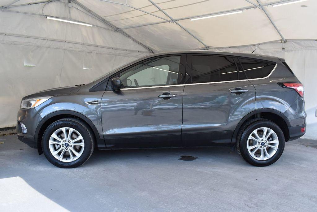 2017 Ford Escape SE FWD - 17524877 - 4