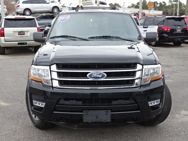 2017 Ford Expedition  - 18357257 - 1