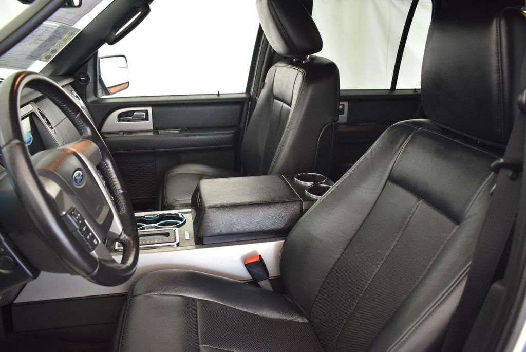 2017 Ford Expedition Limited 4x2 - 18025426 - 12