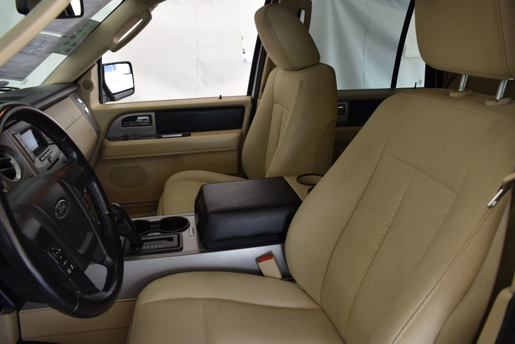 2017 Ford Expedition XLT2 - 18161896 - 10