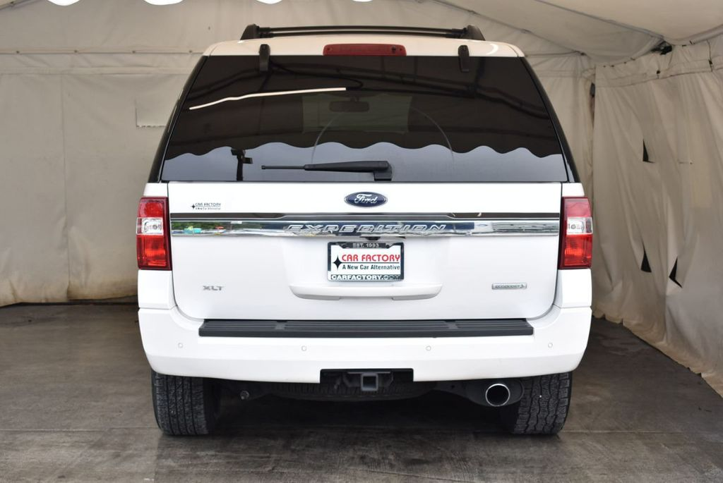 2017 Ford Expedition XLT 4x2 - 18037975 - 5