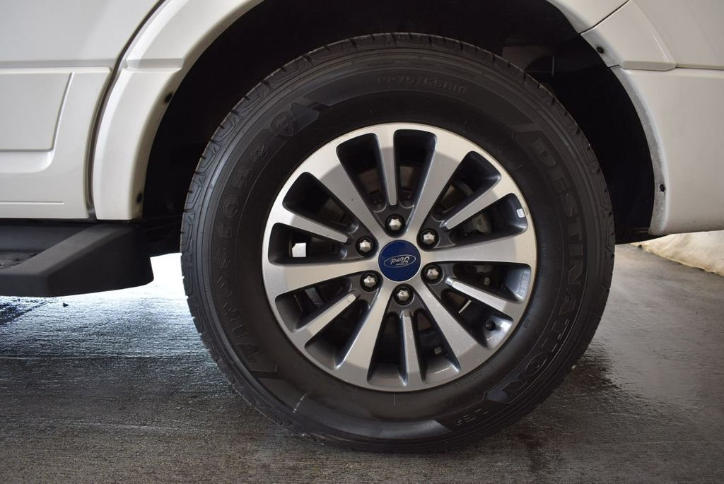 2017 Ford Expedition XLT 4x2 - 18037975 - 8