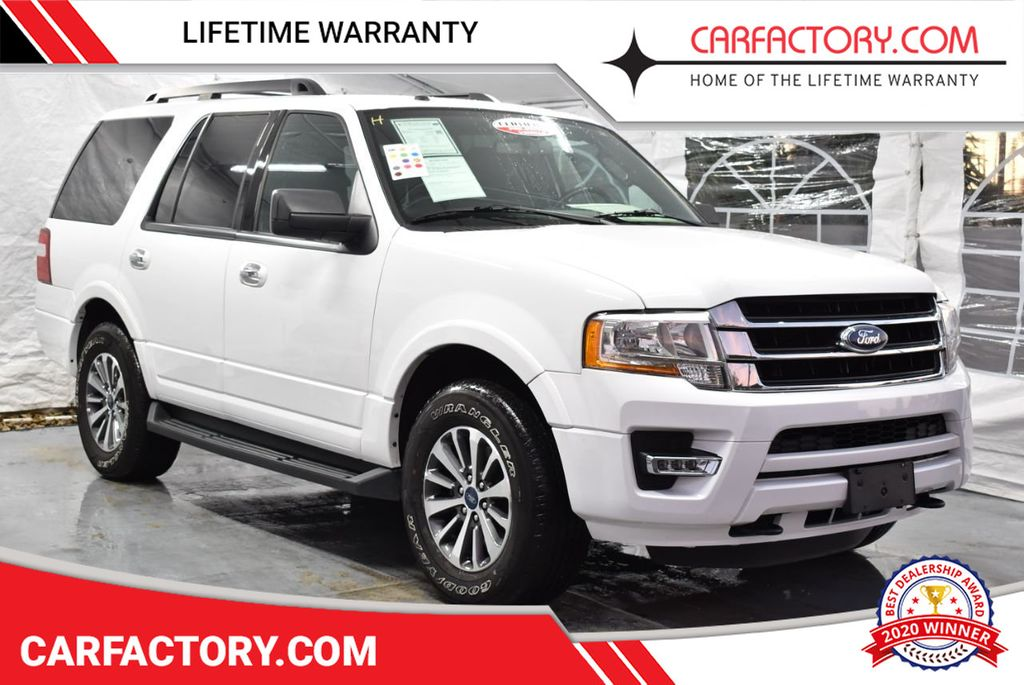 2017 Ford Expedition XLT 4x2 - 18365121 - 0