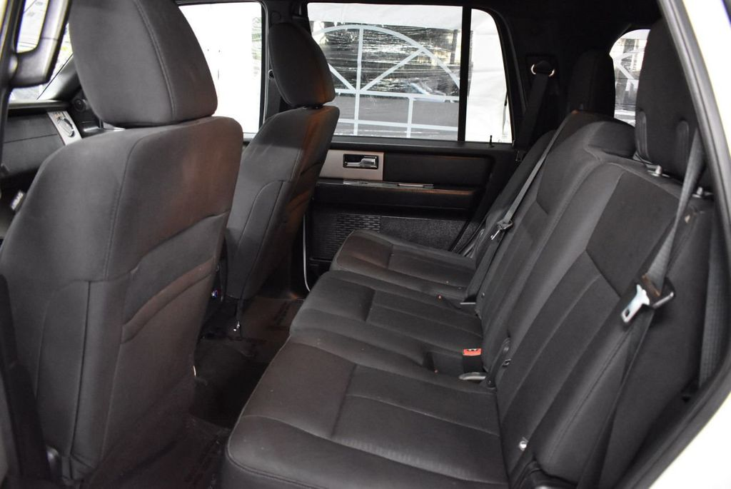 2017 Ford Expedition XLT 4x2 - 18365121 - 12
