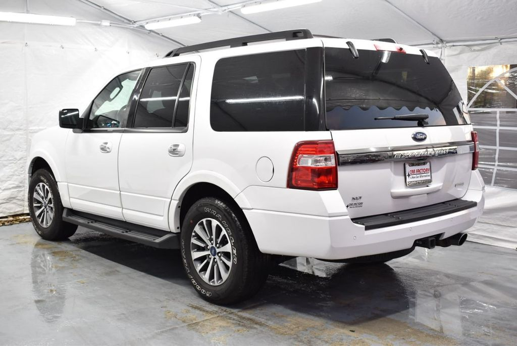 2017 Ford Expedition XLT 4x2 - 18365121 - 3