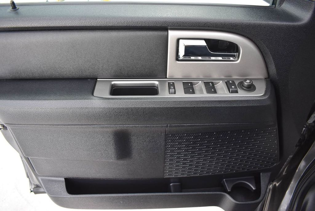 2017 Ford Expedition XLT 4x2 - 18432677 - 14