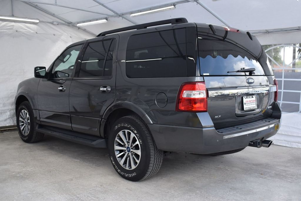 2017 Ford Expedition XLT 4x2 - 18432677 - 3