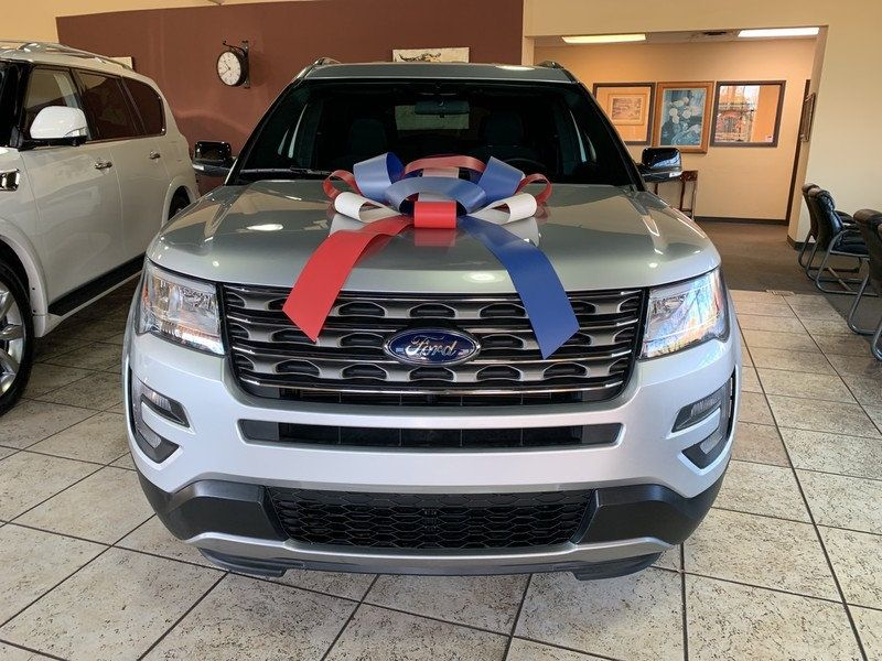 2017 Ford Explorer XLT FWD - 19463956 - 2