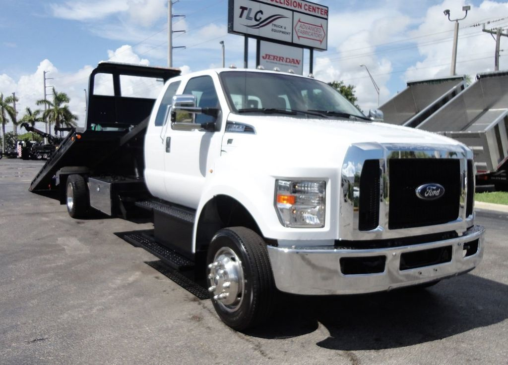 2017 Ford F650 21.5FT CHEVRON ROLLBACK TOW TRUCK..(LCG) - 17948879 - 3