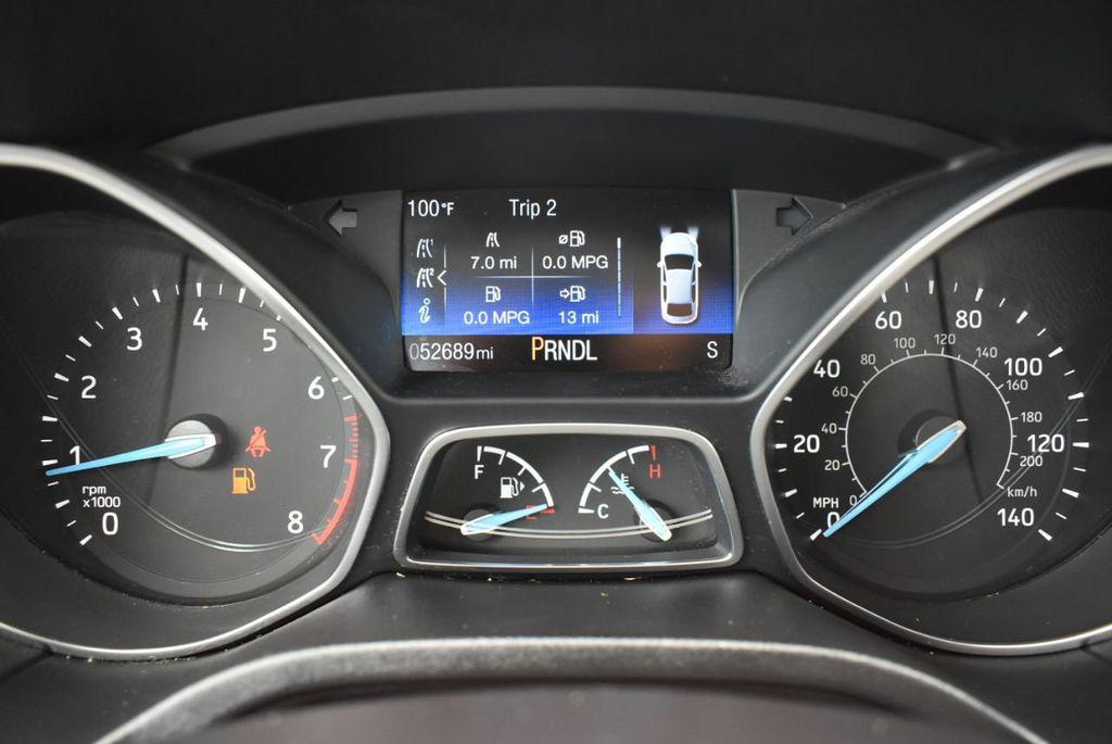 2017 Ford Focus SE Hatch - 18615536 - 18