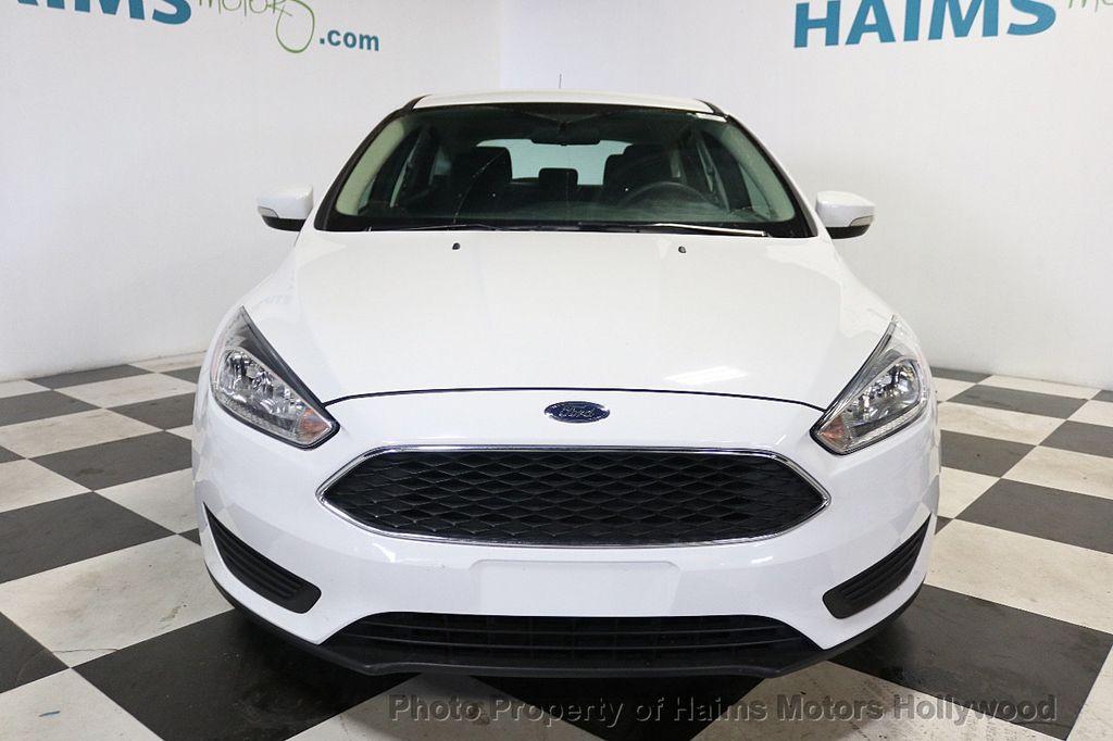 2017 Ford Focus SE Hatch - 18505374 - 2