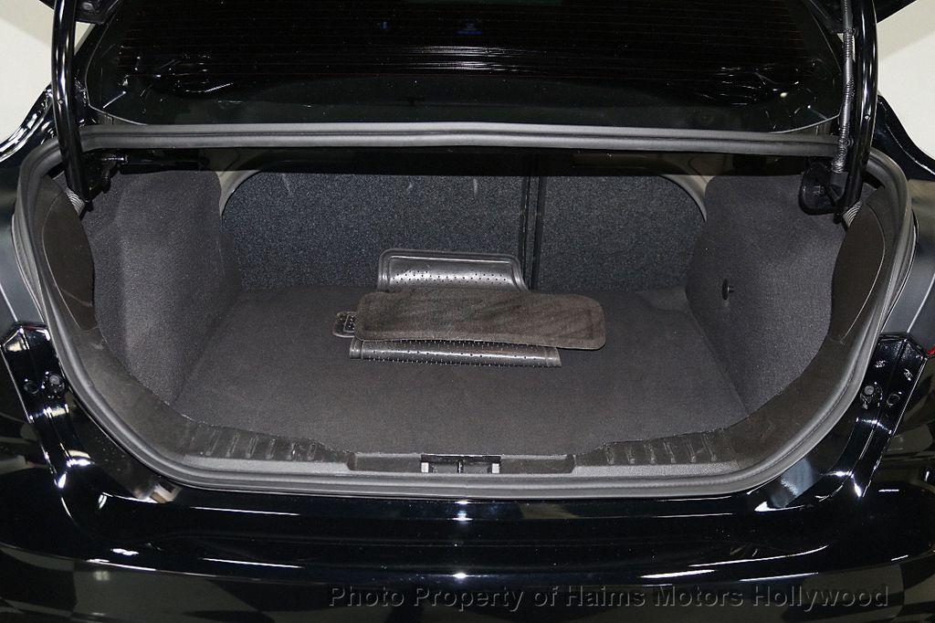 2017 Ford Focus SE Sedan - 17482577 - 9