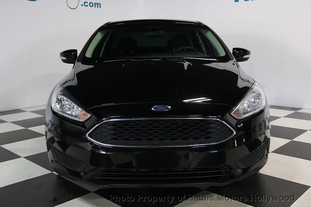 2017 Ford Focus SE Sedan - 17482577 - 2