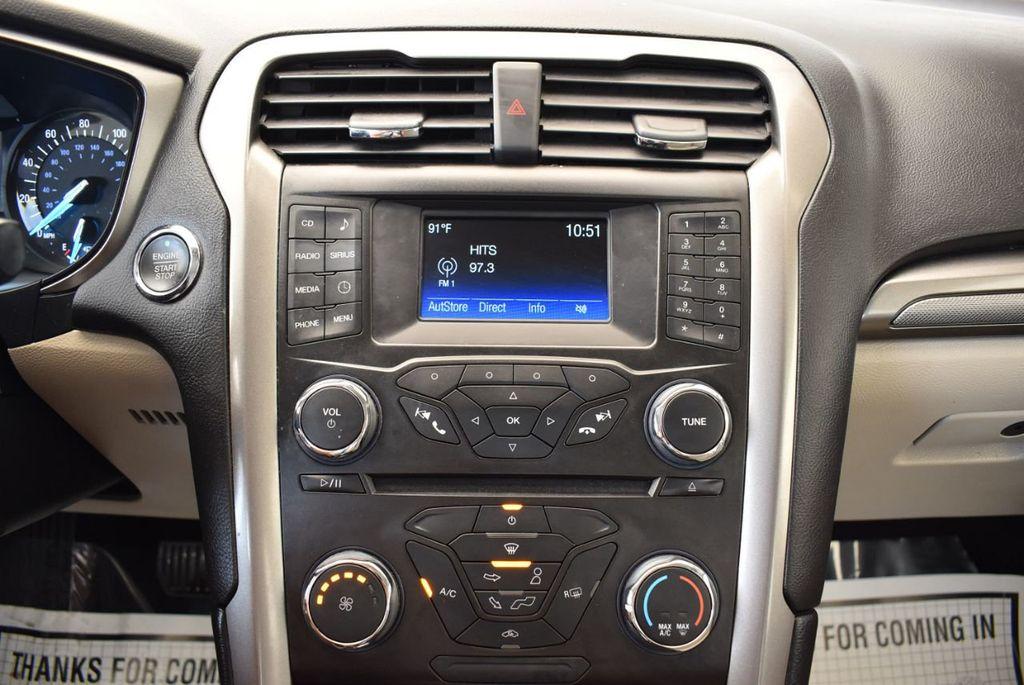 2017 Ford Fusion SE FWD - 17899605 - 20