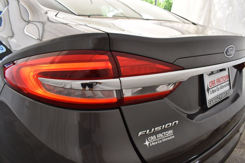2017 Ford Fusion SE FWD - 17899605 - 6