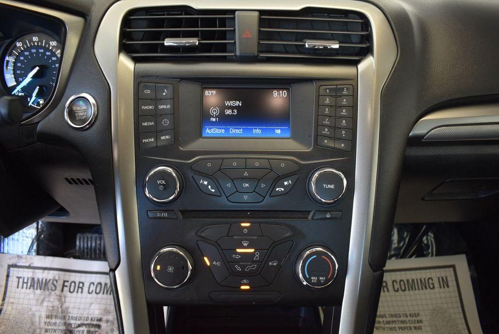 2017 Ford Fusion SE FWD - 17942480 - 20