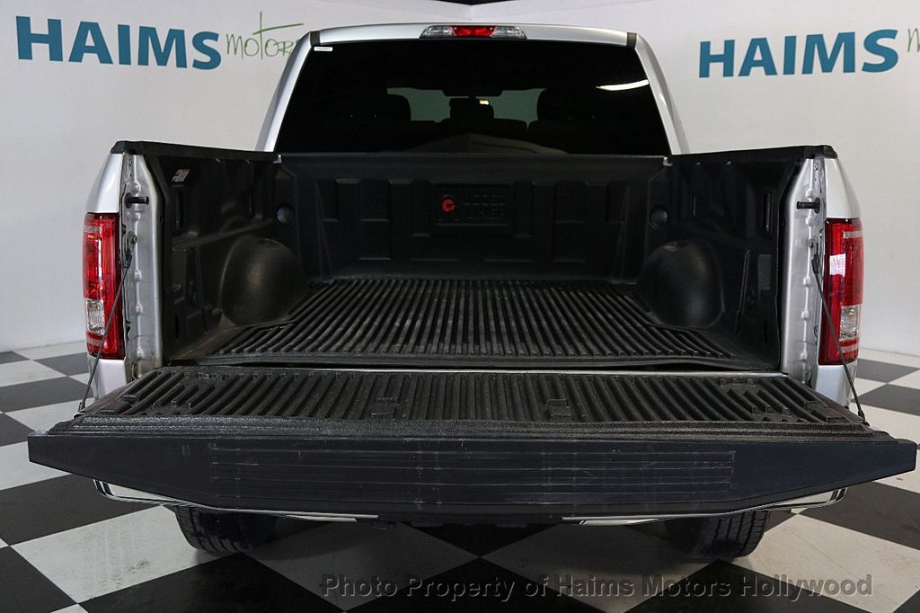 2017 Ford F-150  - 17450599 - 9