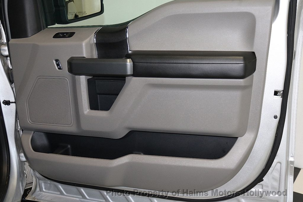 2017 Ford F-150  - 17450599 - 13