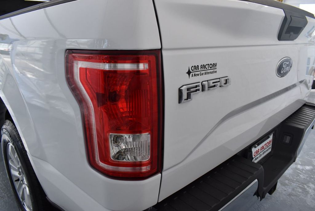 2017 Ford F-150 Lariat 2WD SuperCab 8' Box - 18290916 - 4