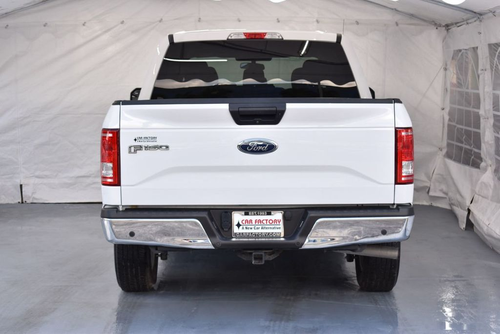 2017 Ford F-150 Lariat 2WD SuperCab 8' Box - 18290916 - 5