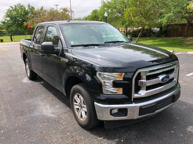 2017 Ford F-150 XLT 2WD SuperCrew 5.5' Box - Click to see full-size photo viewer