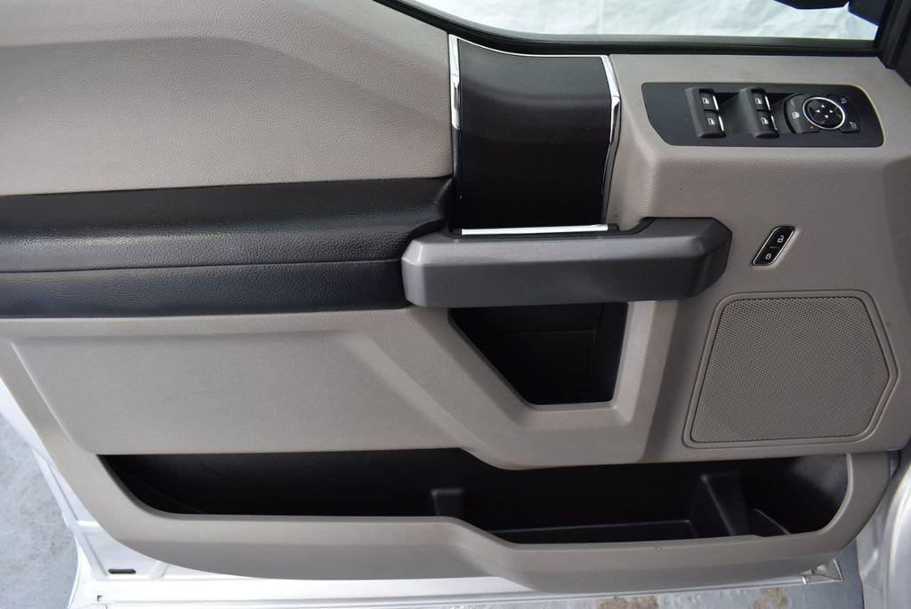 2017 Ford F-150 XLT 2WD SuperCrew 5.5' Box - 18365123 - 13