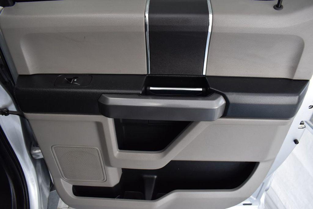 2017 Ford F-150 XLT 2WD SuperCrew 5.5' Box - 18365123 - 17