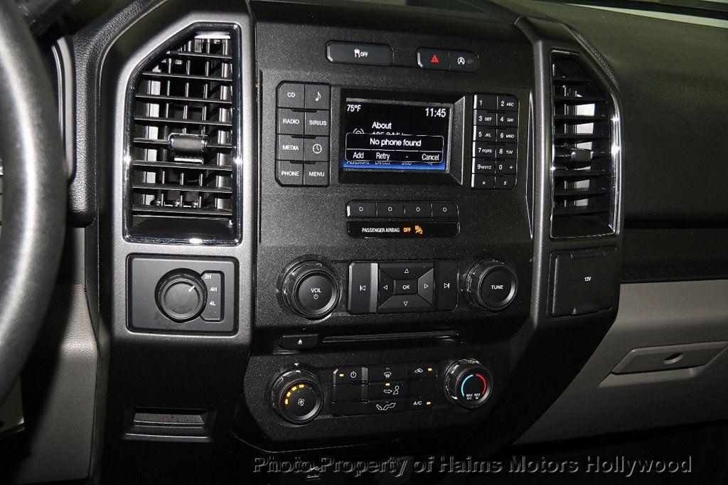 2017 Ford F-150 XLT 4WD SuperCrew 5.5' Box - 17235640 - 19
