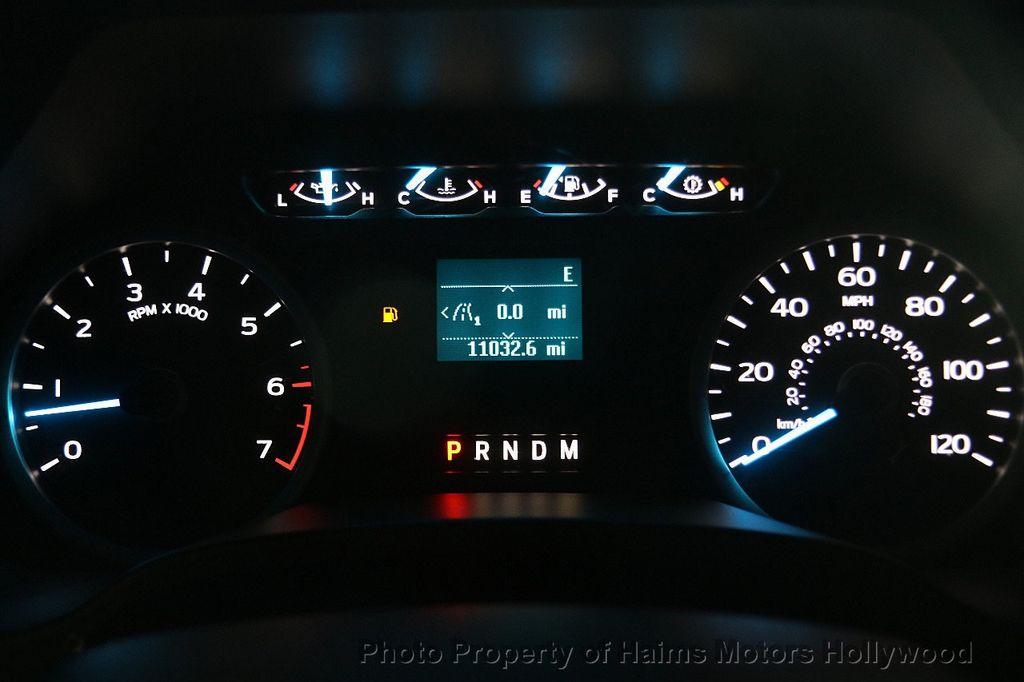 2017 Ford F-150 XLT 4WD SuperCrew 5.5' Box - 17235640 - 28
