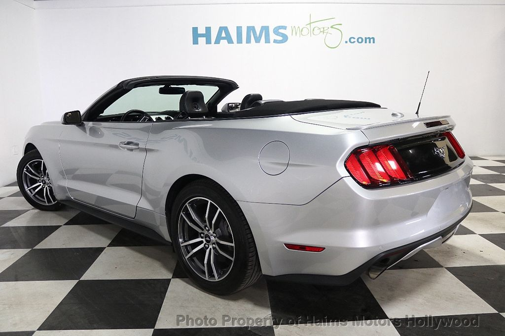 2017 Ford Mustang EcoBoost Premium Convertible - 17907531 - 4