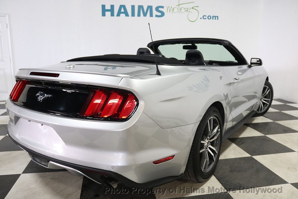 2017 Ford Mustang EcoBoost Premium Convertible - 17907531 - 6