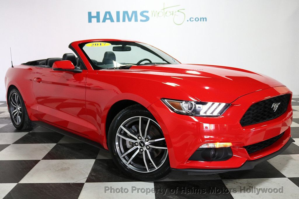 2017 Ford Mustang EcoBoost Premium Convertible - 18188457 - 4