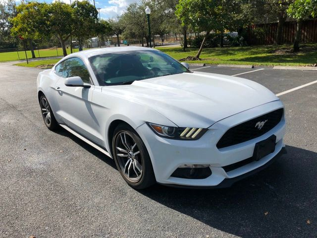 2017 Ford Mustang EcoBoost Premium Fastback - Click to see full-size photo viewer