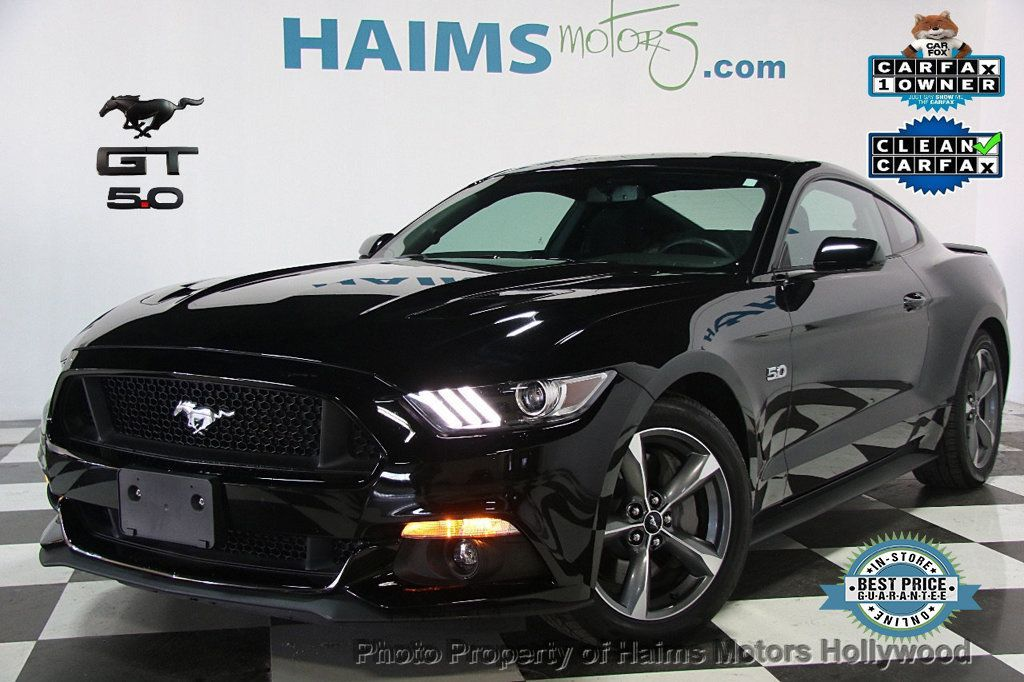 2017 Ford Mustang GT Fastback - 17075310 - 0