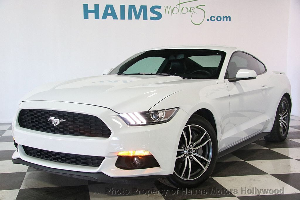 2017 Ford Mustang GT Fastback - 17351769 - 1