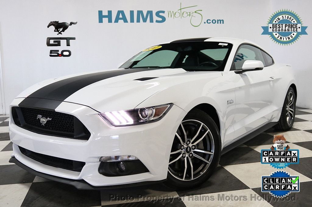 2017 Ford Mustang GT Fastback - 17995980 - 0