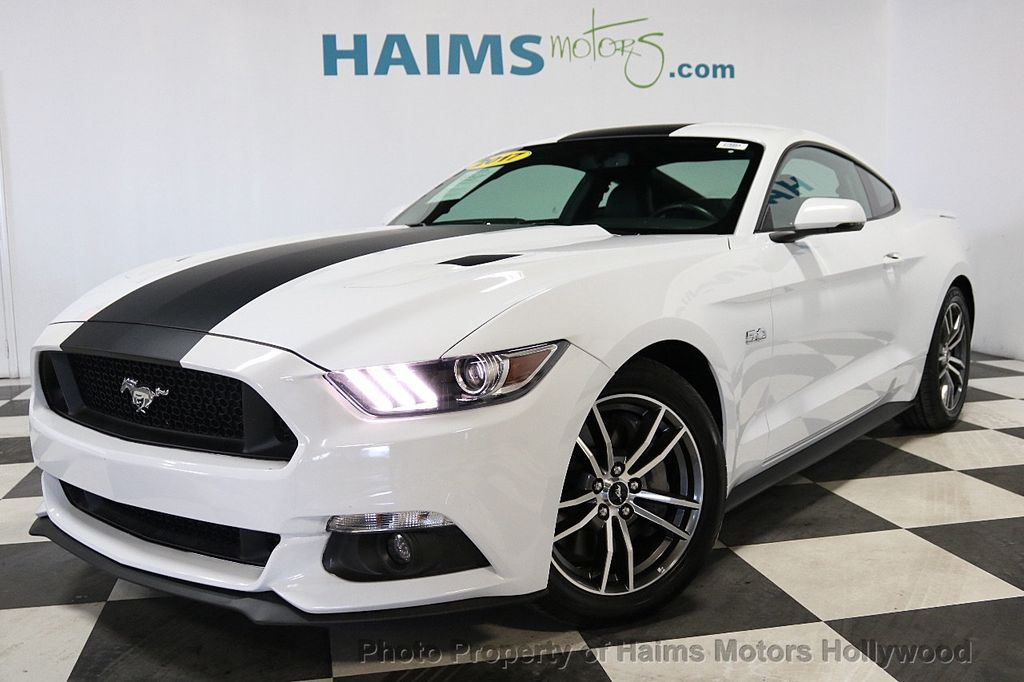 2017 Ford Mustang GT Fastback - 17995980 - 1