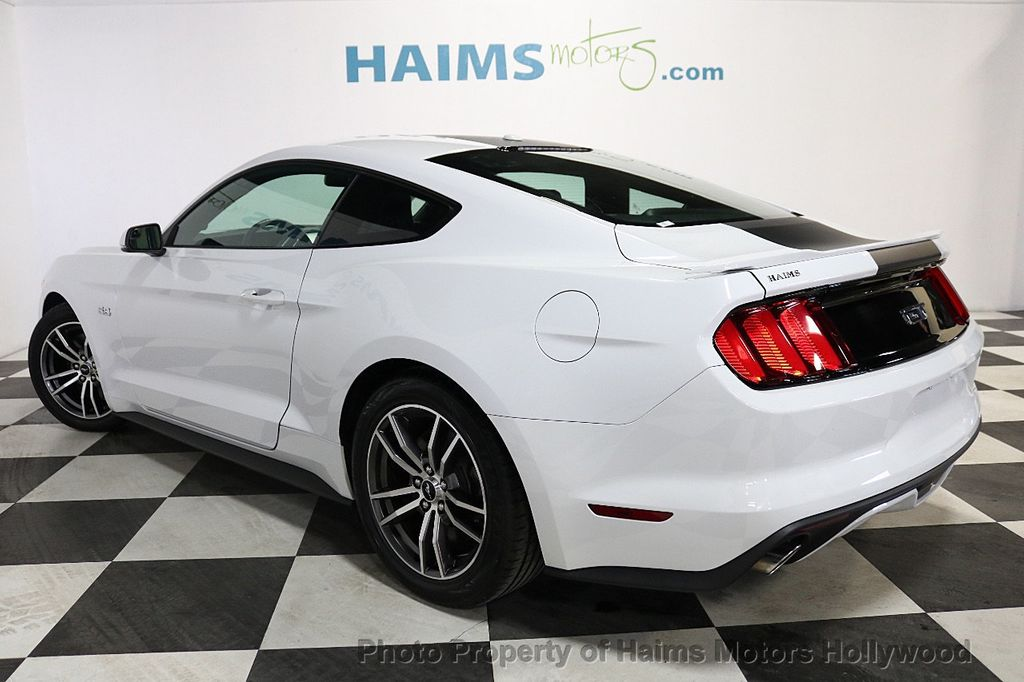 2017 Ford Mustang GT Fastback - 17995980 - 4