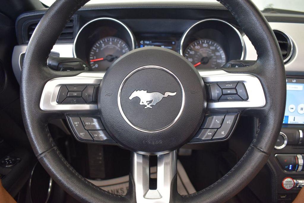 2017 Ford Mustang GT Premium Convertible - 17986921 - 15